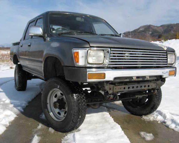 1990-Hilux-D-cab-2.8-D-001